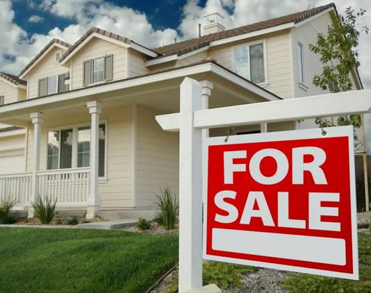 Buying a House? Don't Forget to Budget for these 5 Things